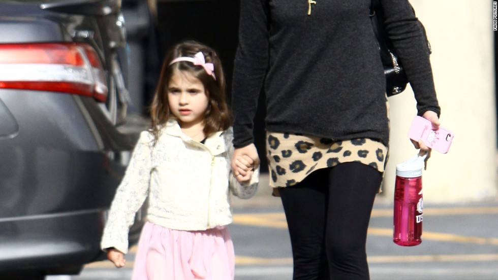 Sarah Michelle Gellar and her daughter wear Mommy and Me boots on November 23.