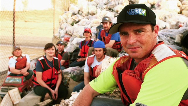 CNN Hero cleans up America's rivers