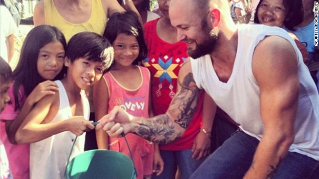 Doc Hendley, a top 10 CNN Hero in 2009, is providing clean water to victims of Typhoon Haiyan.