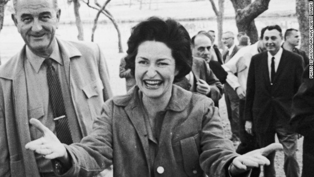 27th December 1963: President Lyndon B Johnson (1908 - 1973) and his wife, First Lady 'Lady Bird' Johnson, welcome the press to a barbecue and tour of the LBJ Ranch, Stonewall, Texas. (Photo by Hulton Archive/Getty Images