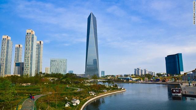 Половина корейских домохозяйств живут в квартирах