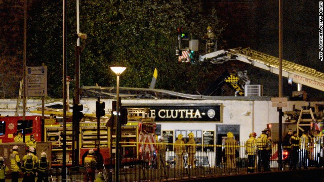 Death toll rises in helicopter pub crash