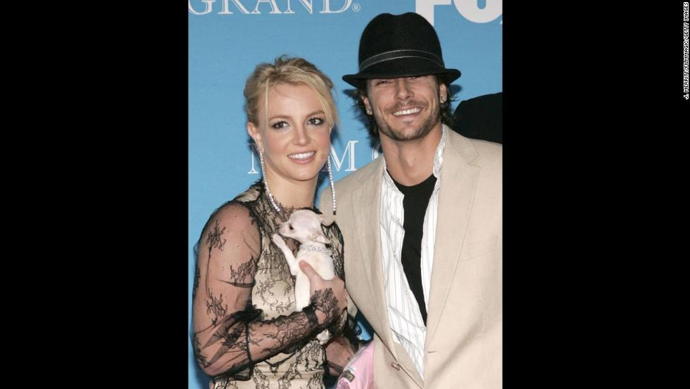Spears and then-husband Kevin Federline arrive at the 2004 Billboard Music Awards.