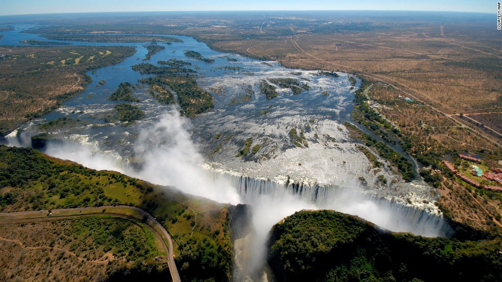 Biggest waterfall in zimbabwe best waterfall 2017 victoria falls biggest waterfall africa bordering stock photo publicscrutiny Images