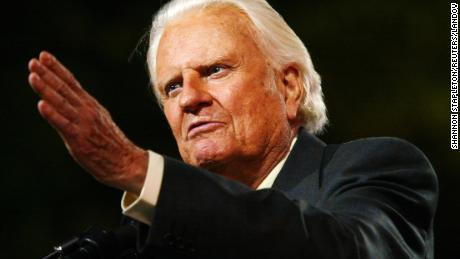 Image #: 1329303    Evangelist Billy Graham speaks to thousands of people during his New York Crusade at Flushing Meadows Park in New York June 24, 2005. Graham, 86, has preached the Gospel to more people in a live audience format than anyone in history - more than 210 million people in more than 185 countries. His followers believe that the New York Crusade, which runs from June 24th to the 26th, will be his last live appearance.    REUTERS/Shannon Stapleton /Landov