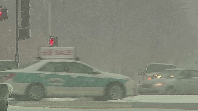 1,000 mile-wide snowstorm hits East Coast