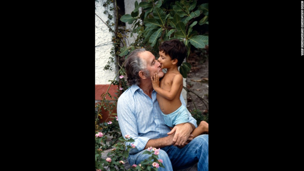 Biggs sits with his son Michael in Brazil circa 1978.