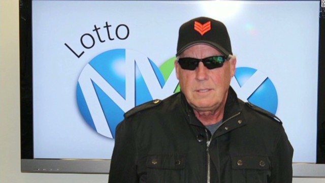 Lotto winner to give all his money away
