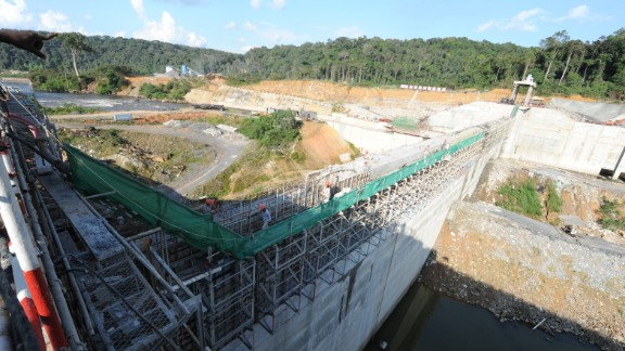 A picture taken on October 12, 2012 shows the construction site of the hydroelectric dam of Poubara, that should be completed in July 2013. With 75% of funding from China and 25% from Gabon, the budget for the building of the Poubara dam, near Franceville, amounts to 200 billion of CFAs. AFP PHOTO STEVE JORDAN (Photo credit should read Steve Jordan/AFP/GettyImages)