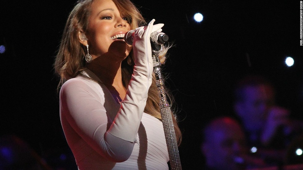Mariah Carey shares bipolar disorder struggle