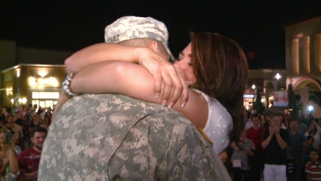 dnt soldier surprise proposal_00011807.jpg