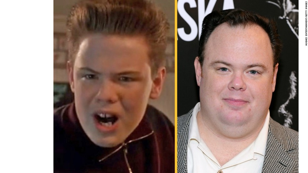 "Devin Ratray (Buzz McCallister): El actor ha tenido pequeños papeles en programas como ""Law & Order: SVU"" y ""The Good Wife"". Más recientemente, interpretó a un ""no muerto"" en R.I.P.D. junto a Jeff Bridges y Ryan Reynolds."