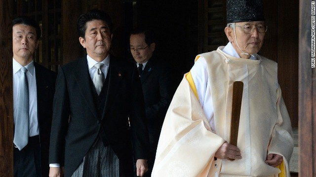 Japan's PM visits controversial shrine