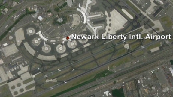 nr field newark airport breach_00002716.jpg