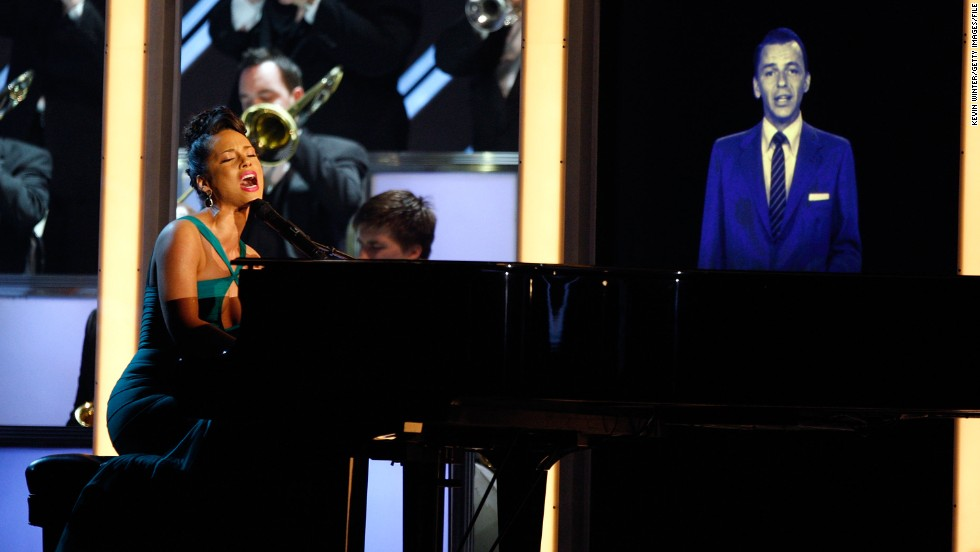 King of swing <strong>Frank Sinatra</strong> returned two years later, in 2008, to duet with Alicia Keys at the 50th Grammy awards.