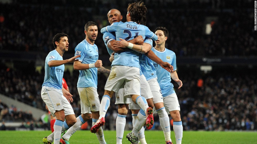 With managerial changes taking place at Manchester United, Chelsea and Everton at the beginning of the season, as well as Tottenham getting in on the act last month, the stage is set for Manchester City to take advantage and reclaim the English Premier League title. Their free-scoring form at home has been frightening and it is now finally starting to pick up victories on the road to match.
