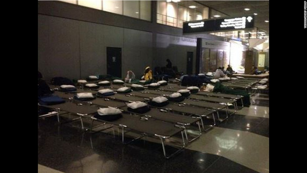 Twitter user @Henlips submitted this image of cots set up at Chicago's O'Hare International Airport.