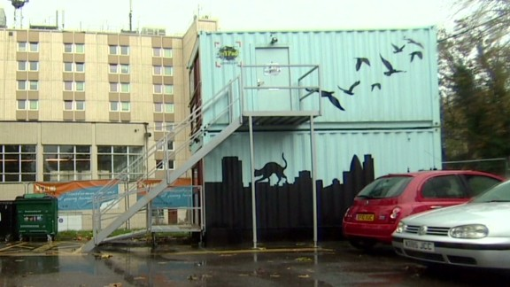 is.uk.container.housing_00015430.jpg