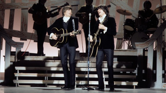 """Rolling Stone labeled the Everly Brothers """"the most important vocal duo in rock,"""" having influenced the Beatles, the Beach Boys, Simon & Garfunkel and many other acts. Here, with Phil on the left, they perform on the Johnny Cash Show in 1970."""