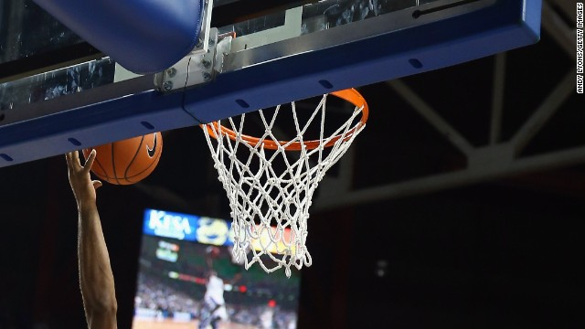 paying college ahletes Every year during march madness, ncaa basketball fans participate in the ritual conversation about whether college athletes should be paid for their labor at present, many students are offered.