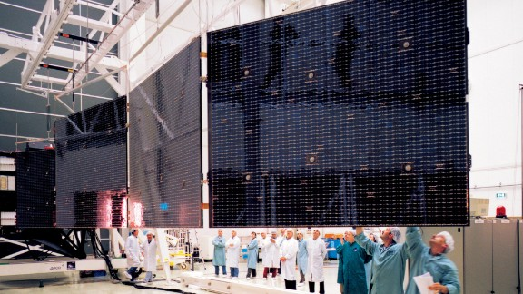 Rosetta has massive solar wings to power the spacecraft. They were unfurled and checked out at the European Space Agency's test facilities before being packed up for liftoff.