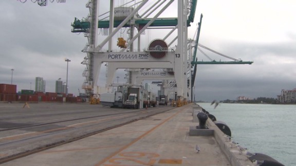 Hauser Port Miami watches Panama_00003208.jpg