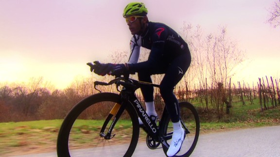 spc art of movement cycling pinarello bikes_00052607.jpg