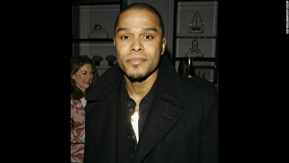 R&B singer Maxwell is the son of a Haitian mother and a Puerto Rican father.