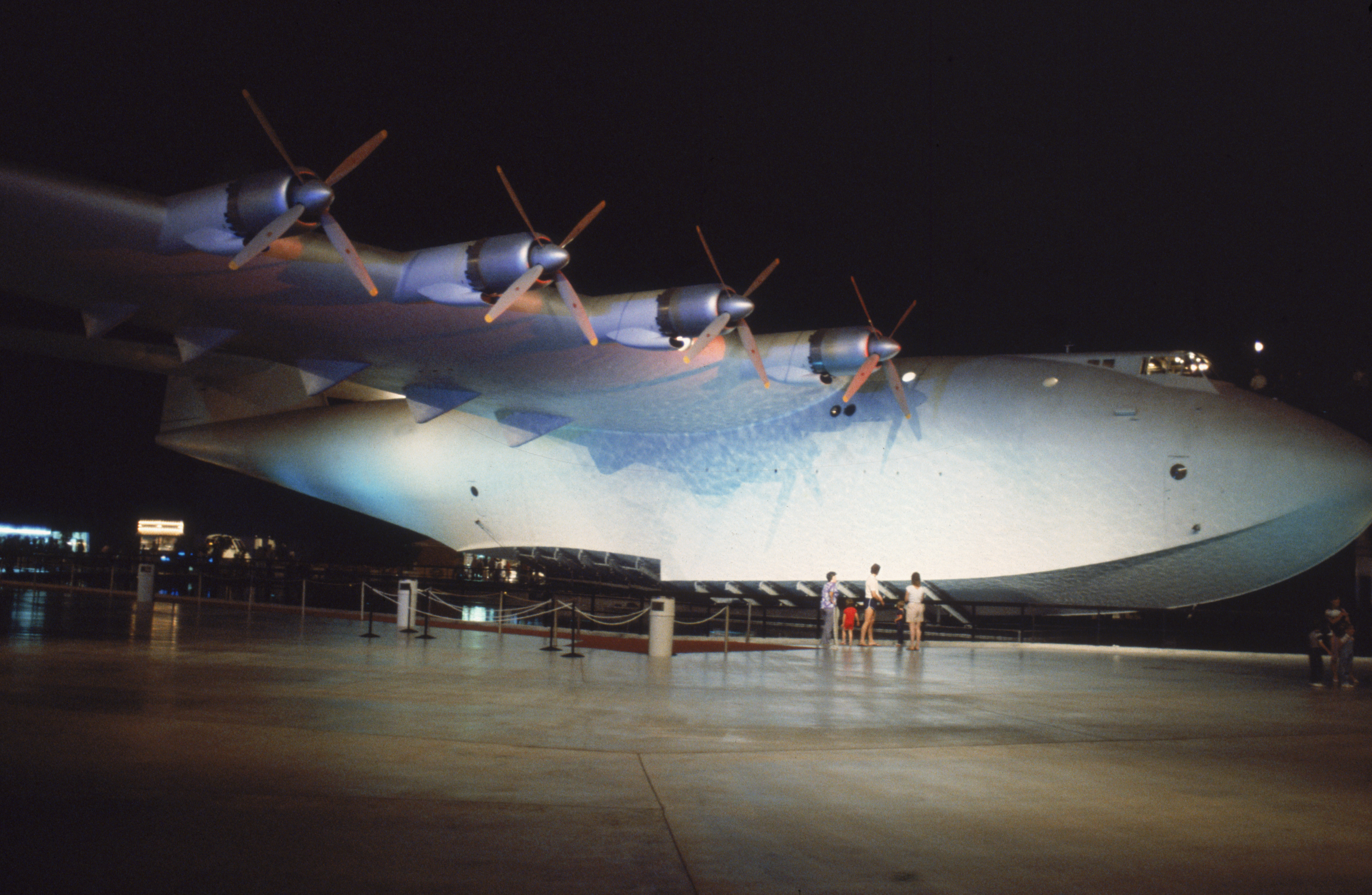 Spruce Goose: Get the inside story of an aviation icon | CNN Travel