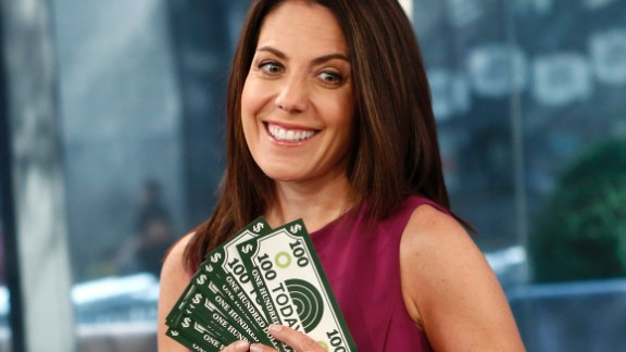 """Journalist and author Jean Chatzky is the financial editor for the """"Today"""" show, and regularly offers up financial advice at the website SavvyMoney.com and at her blog at jeanchatzy.com. She was born November 7, 1964, grew up around the Midwest and graduated from the University of Pennsylvania, where she first decided journalism should be her path."""