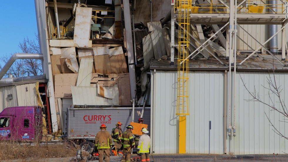 Omaha Plant Fire Collapse 10 Hurt Two Deaths Cnn