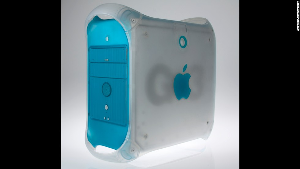 The B&W (Blue and White) version followed a more traditional beige Power Mac G3 in 1999. While it shared a name and processor with the previous version, little else was the same.