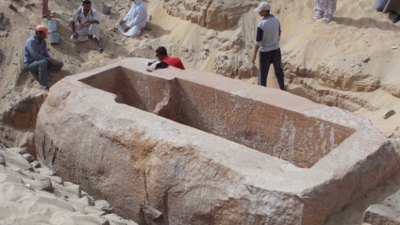 """The newly discovered tomb of the Pharaoh Woseribre Senebkay, described as the """"king of upper and lower Egypt,"""" had been looted."""