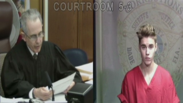 See Justin Bieber face judge