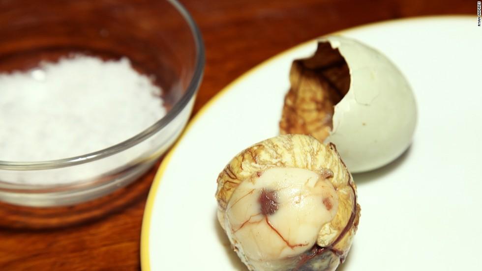 Balut How To Eat The Philippines Fertilized Duck Egg Cnn Travel
