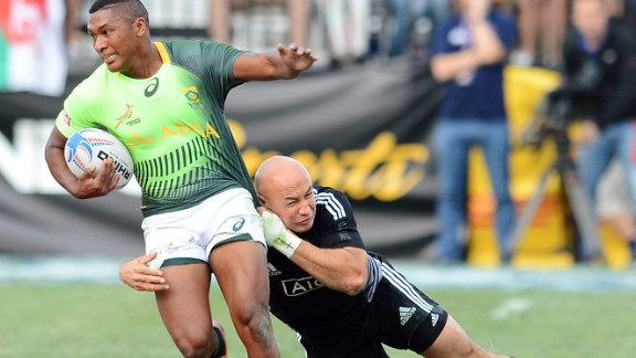 South Africa beat New Zealand 14-7 to win a second successive U.S. sevens title in Las Vegs. The victory took Neil Powell