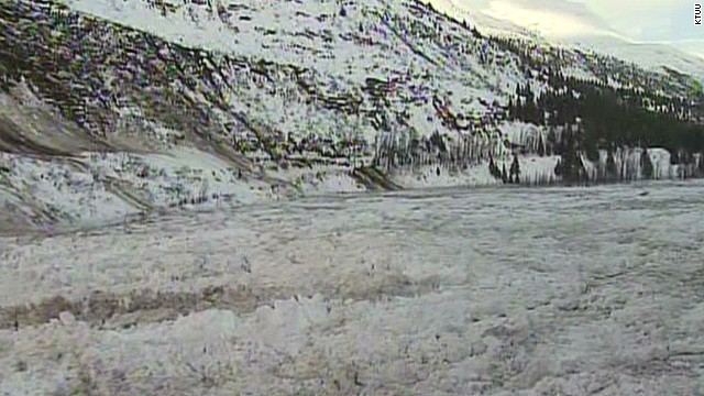 dnt ak avalanche causes dam blocking city_00000825.jpg
