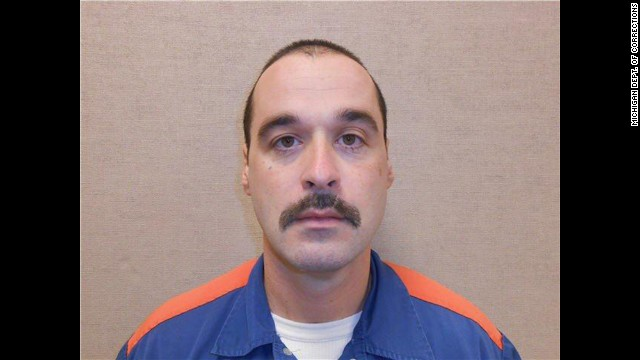 On Sunday, February 2, 2014, at approximately 9:30 pm prisoner Michael David Elliot  was discovered missing from the Ionia Correctional Facility in Ionia, MI.   Officers from the Michigan Department of Corrections, Michigan State Police and other local law enforcement are currently actively searching prisoner Elliot.