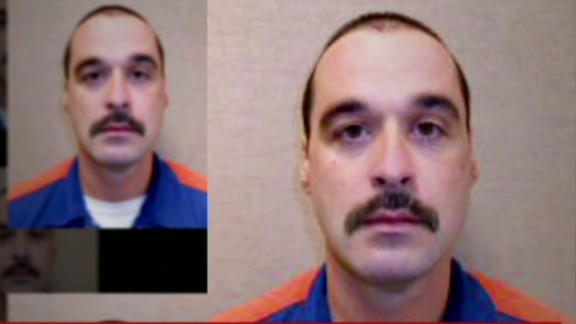 Inmate escapes prison abducts woman Howell Newday _00000810.jpg