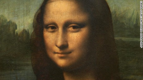 b0065d068b99 Doctor diagnoses woman in  Mona Lisa  - CNN Video