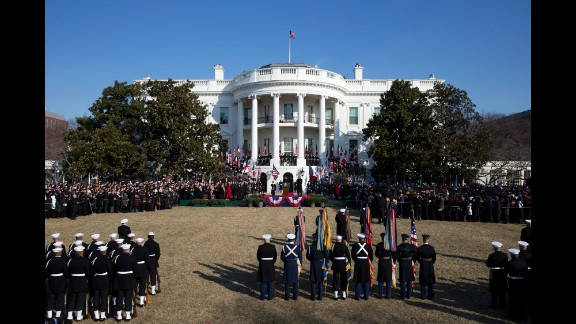 A wider view of the welcoming ceremony.