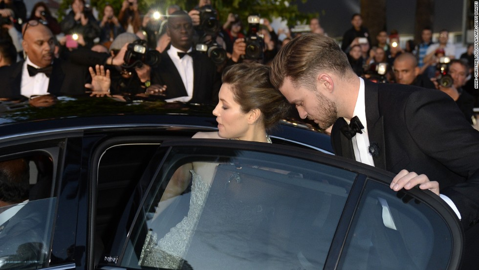 "<a href=""http://www.gossipcop.com/justin-timberlake-thanks-jessica-biel-peoples-choice-awards-video-acceptance-speech/"" target=""_blank"">Justin Timberlake on the importance of details</a>: ""My beautiful wife (taught me) patience and the little things, like just putting the dishes in the dishwasher. It goes a long way. Fellas, you're welcome."""