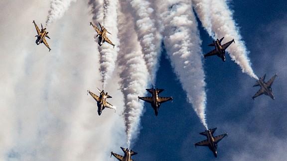 South Korea's Black Eagles at the Singapore Airshow 2014.
