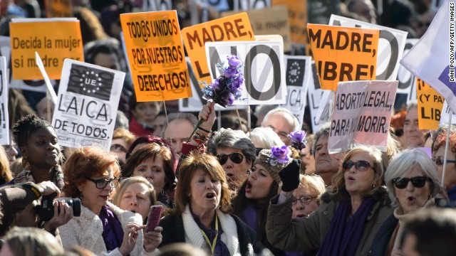 Women protest in Madrid against the proposed changes to Spain's abortion law .