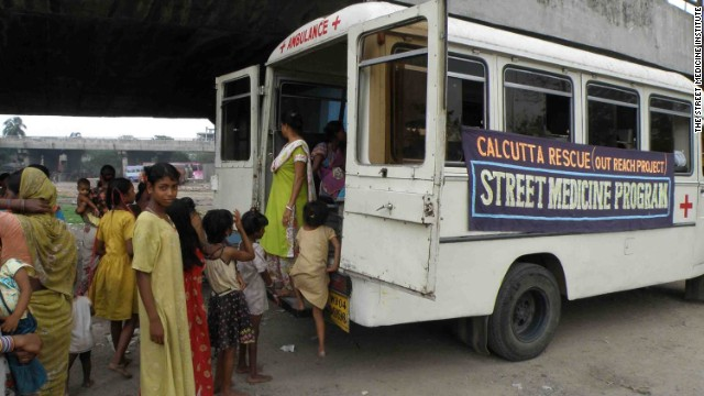 The Street Medicine Institute is put to action in Calcutta.