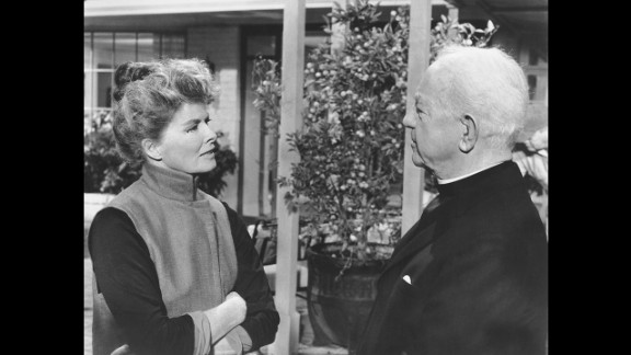 """<strong>Katharine Hepburn (1968):</strong> Katharine Hepburn and Cecil Kellaway appear in a scene from """"Guess Who's Coming to Dinner."""" Hepburn won her second Oscar more than 30 years after her first."""
