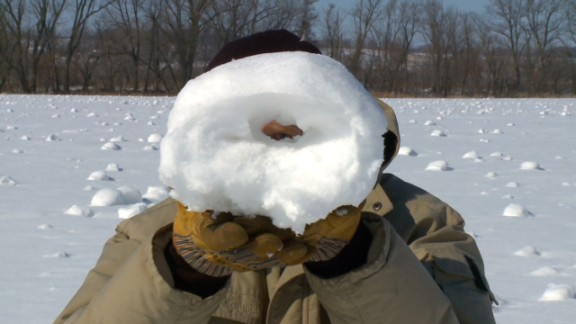 dnt snow rollers stun farmers_00003309.jpg