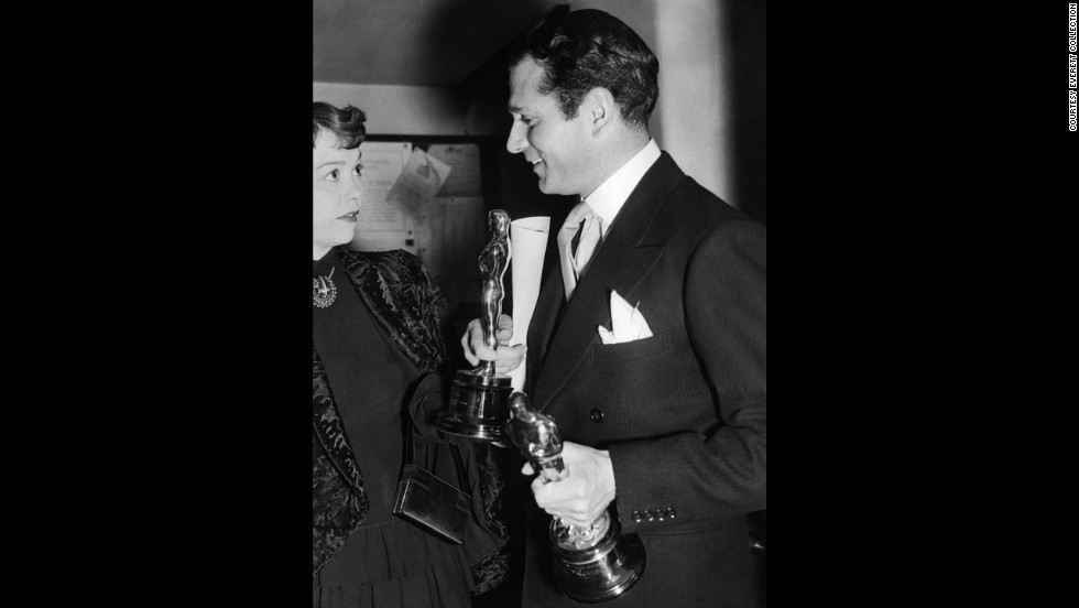 "Laurence Olivier's commitment to bringing Shakespeare's ""Hamlet"" to the screen paid off handsomely at the Oscars. Olivier walked away with the best actor Oscar in the title role, and ""Hamlet"" also won for best picture. Here Olivier appears with best actress winner Jane Wyman in 1949."