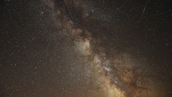 """<strong>Headlands Dark Sky Park (Michigan): </strong>The Headlands are one of the best stargazing destinations in the United States. During the larger meteor showers such as the Perseids (which peak mid-August) and the Geminids (which peaks mid-December) you can watch the """"falling stars"""" streak in front of the Milky Way."""