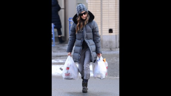 """These days, celebrities influence the type of clothing that is appropriate in public, according to Clinton Kelly of """"What Not To Wear."""" Actress Sarah Jessica Parker, for example, wears a puffy coat, jeans and boots while carrying groceries in New York City."""